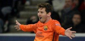 Los jugadores Fábregas y Alexis Sánchez colorean la vida sin Messi