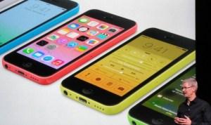 Insólito: Adolescente de 17 años en India vendió a su esposa para comprar un celular