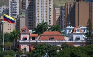 WP: Maduro habría aceptado ir a elecciones presidenciales durante encuentros en Noruega