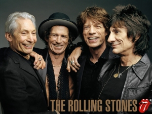 Rolling Stones reanudan su gira tras suicidio de la novia de Jagger