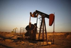 El petróleo Brent cae de nuevo, a su nivel más bajo desde 2002