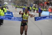 """El Maratón de Boston se pospone de abril hasta """"al menos"""" otoño de 2021, anunciaron organizadores"""