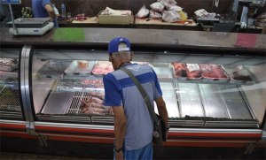 Carnicerías se las ingenias para mantener precios