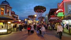 Pánico en parque de Disney por falsa alarma de tiroteo: Una riña fue la causa