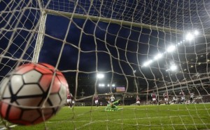 Suspendieron partido de fútbol en EEUU por cuatro contagios de coronavirus