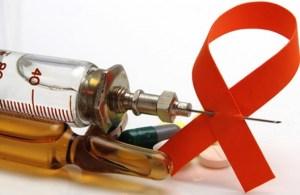 Crean nuevos medicamentos contra el VIH con sabor a fresa para bebés