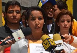 Diputada Yajaira Castro: Maduro viola DDHH de los presos políticos