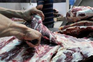 Marabinos siguen a dieta forzada ante altísimos precios de la carne, pollo y huevos