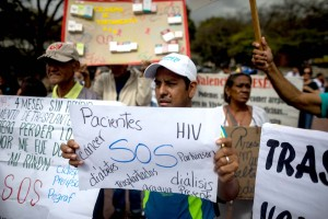 Emigrar o morir: El drama de los venezolanos que viven con VIH