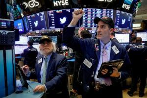 Índice Dow Jones ganó 0,21% terminando con récord en Wall Street