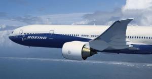 Embraer firma acuerdo para la venta de su división comercial a Boeing