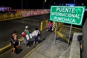 Migración Colombia reporta normalidad en salida de venezolanos a Ecuador