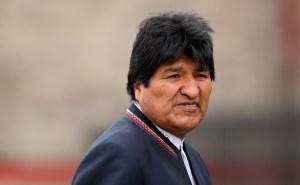 Avión militar mexicano llega a Lima para luego buscar a Morales en Bolivia