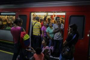 Reportan arrollamiento de una persona en la estación Gato Negro este #19Feb