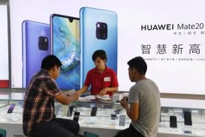 Ventas de Huawei se resentirán por el veto de EEUU, advierte su fundador