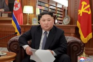 Kim Jong Un envía un aviso a EEUU con la puesta en escena de un nuevo submarino