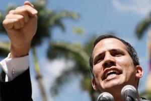Análisis: El estatuto de transición de la AN VS el gobierno de factode Nicolás Maduro