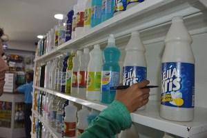 Ni con remesas se pueden comprar productos de limpieza en Vargas