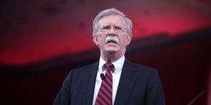 Bolton a militares: Cualquier acción contra civiles venezolanos en la frontera no será olvidada