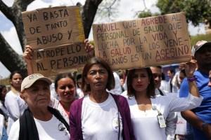 Los médicos, en la mira de Maduro durante visita de la ONU a Venezuela