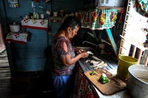 Una familia necesita 41 salarios mínimos nuevos para subsistir, según Cedice