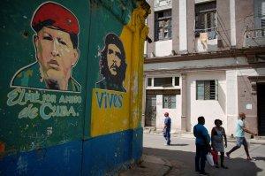 Cuba tendría que gastar 2.000 millones de dólares en petróleo si cesan los envíos desde Venezuela