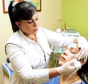 Esculpido y perfilado del rostro, la nueva técnica mínimamente invasiva de belleza