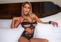 Conoce a Elena, la sexy actriz porno que ahora se lanzará a gobernadora (FOTOS)