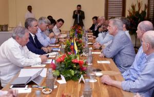 Congresista Kevin McCarthy se reunirán con representantes de Guaidó en el puente fronterizo Simón Bolívar