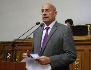 Diputado Dávila: Usurpación obstaculiza la defensa plena de la defensa de la soberanía