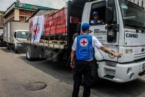 EN FOTOS: De Maiquetía a Caracas, así fue la llegada de la ayuda humanitaria por parte de la Cruz Roja INTERNACIONAL