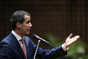 Guaidó pasó coleto con Maduro y Jorge Rodríguez en menos de un minuto (VIDEO)