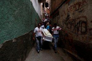 Muertes de niños expone crisis infantil de Venezuela