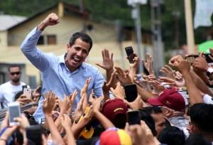 Guaidó eleva el tono y deja en ridículo a Maduro en Vargas (VIDEO)