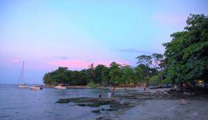 ¡Transpórtate a Costa Rica! Un atardecer rosa de ensueño (VIDEO)