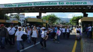 Más de 100 colombianos validaron Carnet de Control Migratorio