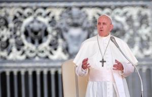 """Papa Francisco se mostró preocupado por incendios en Amazonía, """"pulmón vital"""" del planeta"""