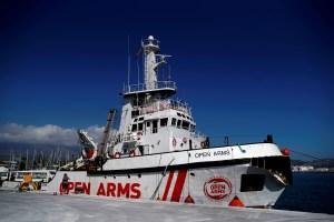 España propone acoger al barco humanitario Open Arms en puerto de Algeciras