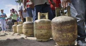 Alertan que en Venezuela solo funciona una refinería especializada en la producción de gas doméstico