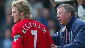 """La verdad sobre la """"rabieta"""" de Sir Alex Ferguson que casi le cuesta un ojo a David Beckham (VIDEO)"""