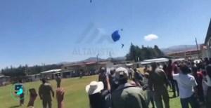 Fuertes imágenes: Muere paracaidista militar tras chocar contra estructura en Perú (VIDEO)
