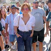Jennifer Lopez y el vestuario que casi revienta por su enorme trasero