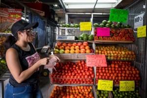 Qué se puede comprar con el nuevo salario mínimo en Venezuela