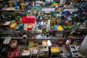 Precios de los alimentos suben al ritmo del dólar paralelo