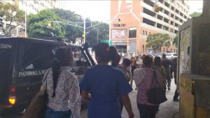 Sebin llegó a protesta de enfermeras del JM de los Ríos (Foto)