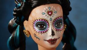 """Entre críticas y elogios: La """"Barbie del Día de Muertos"""" que causó revuelo en México (Fotos)"""