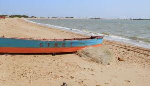 Pescadores en Zulia quemaron lanchas para exigir gasolina y denunciar robos de la GNB (Foto)