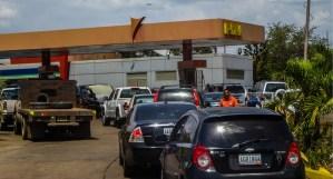 Retoman suministro de combustible por número de placa en tres municipios de Bolívar