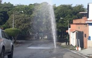 Baruta se revienta… otra tubería rota se reporta en Santa Ines #18Oct (video)