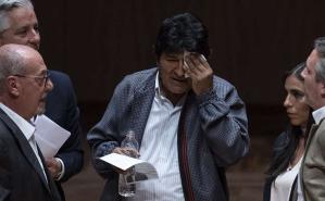 Se marchó por la puerta trasera: el durísimo video del paso de Evo Morales por México